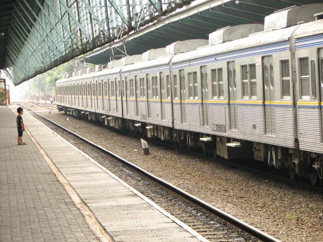 Getting Around in Jakarta: Trains, Clueless Cabbies & Door-less Vans
