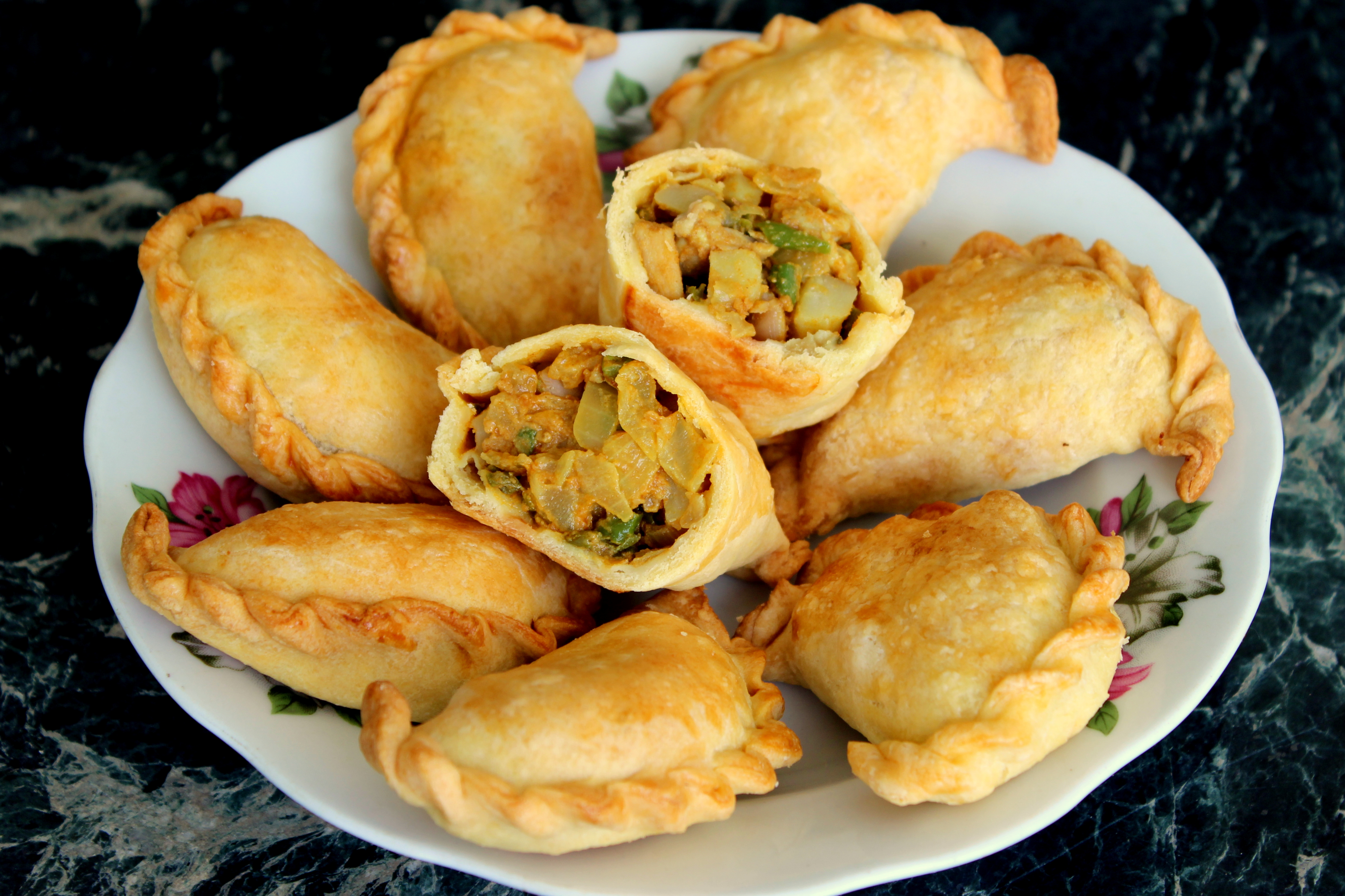 Baked Curry Puffs